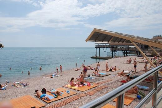 gurzuf seif beach