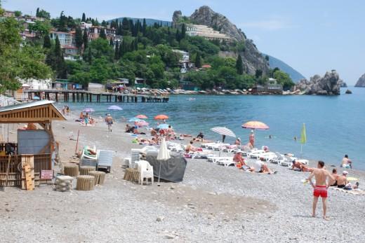 gurzuf city beach